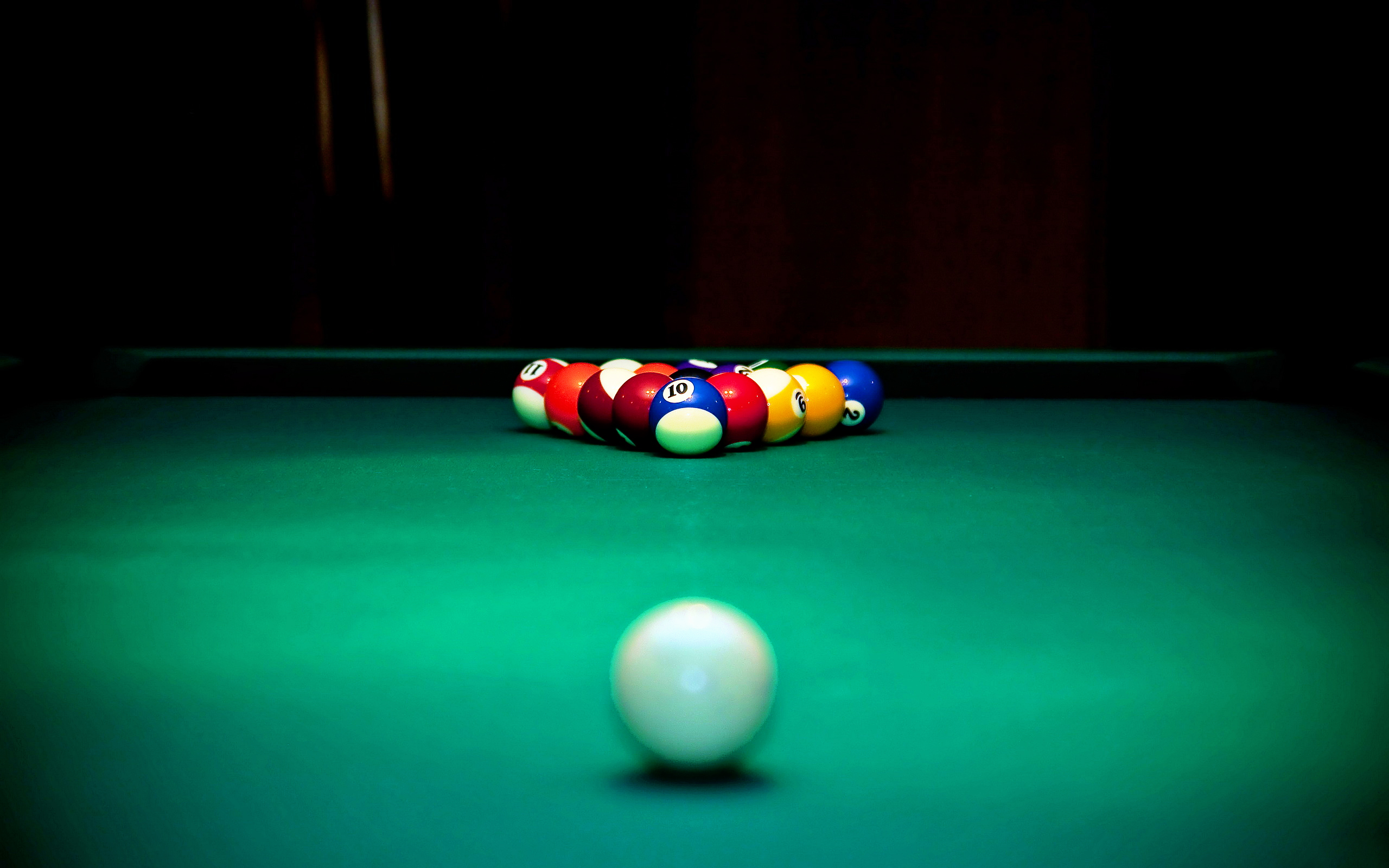 Billiards Balls Set for the Game 188.85 Kb