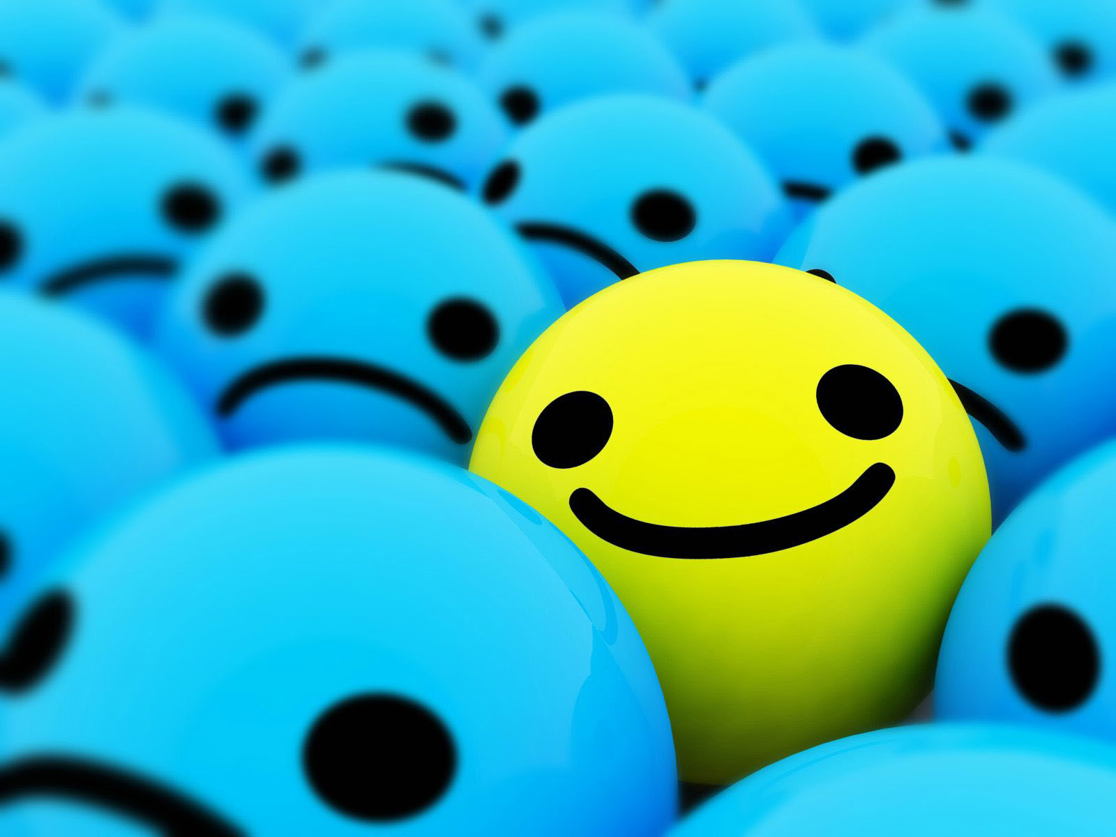 Happy Smiley Face in a Crowd 141.38 Kb