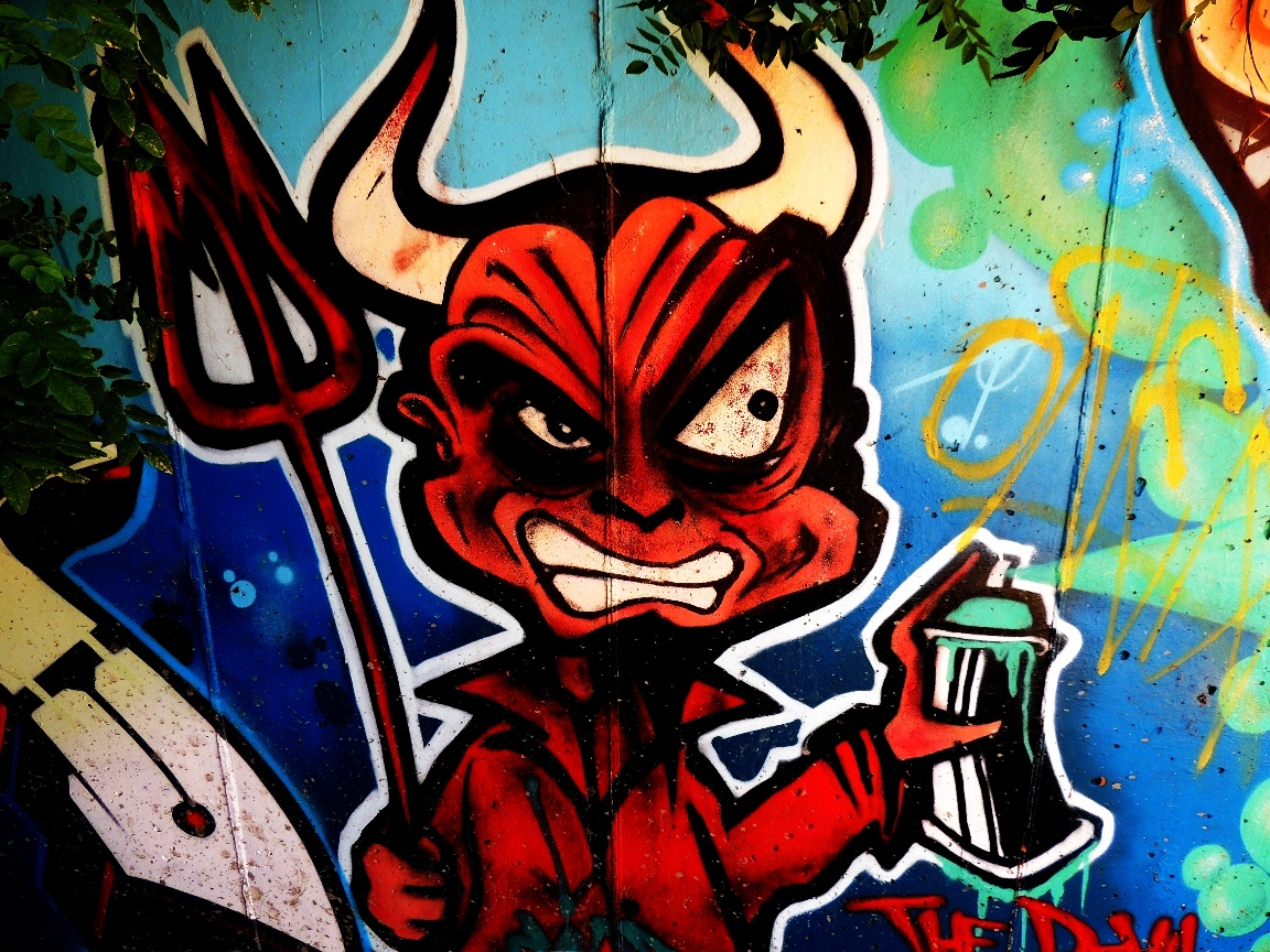 Crazy Devil Graffiti 2496.18 Kb