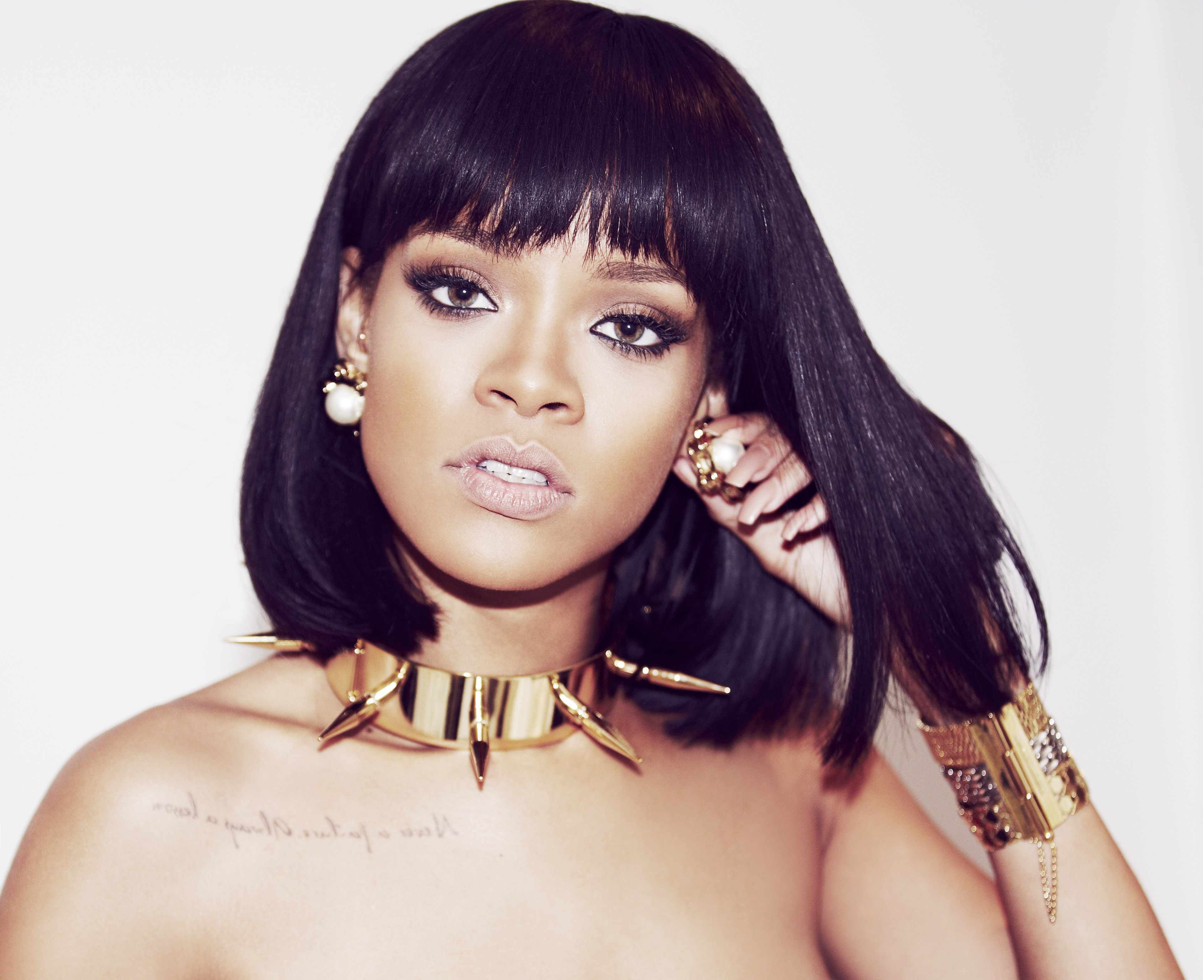 Rihanna Golden Jewelry