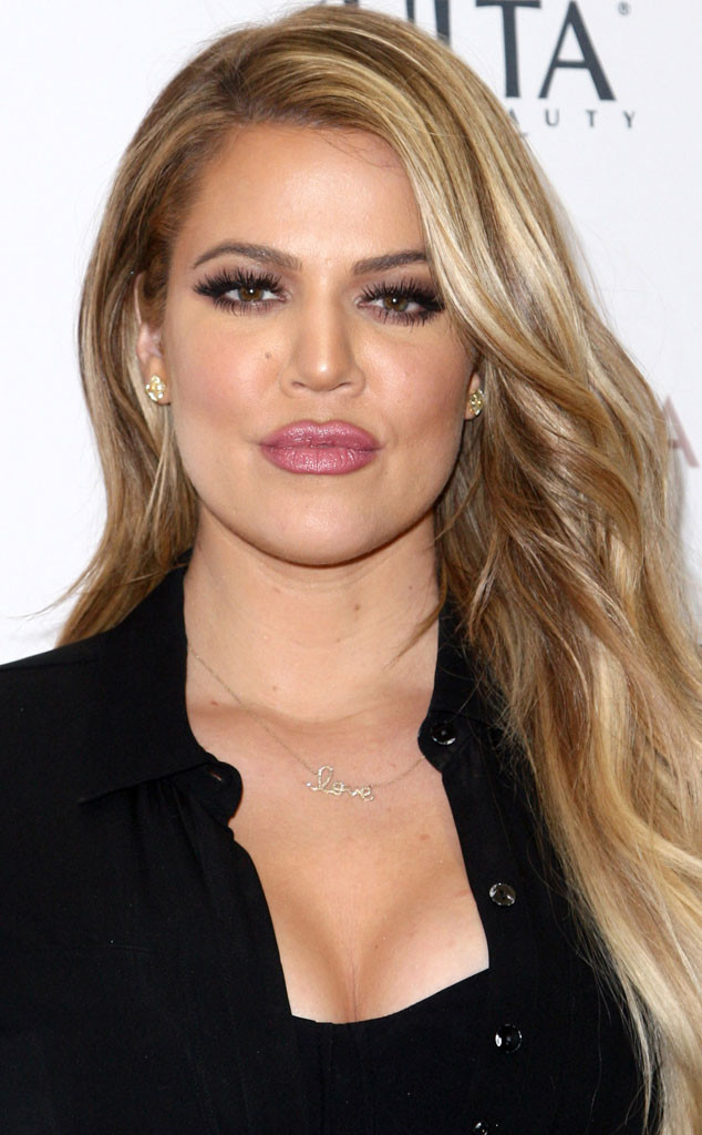 Khloe Kardashian Keeping Up with the Kardashians 177.18 Kb