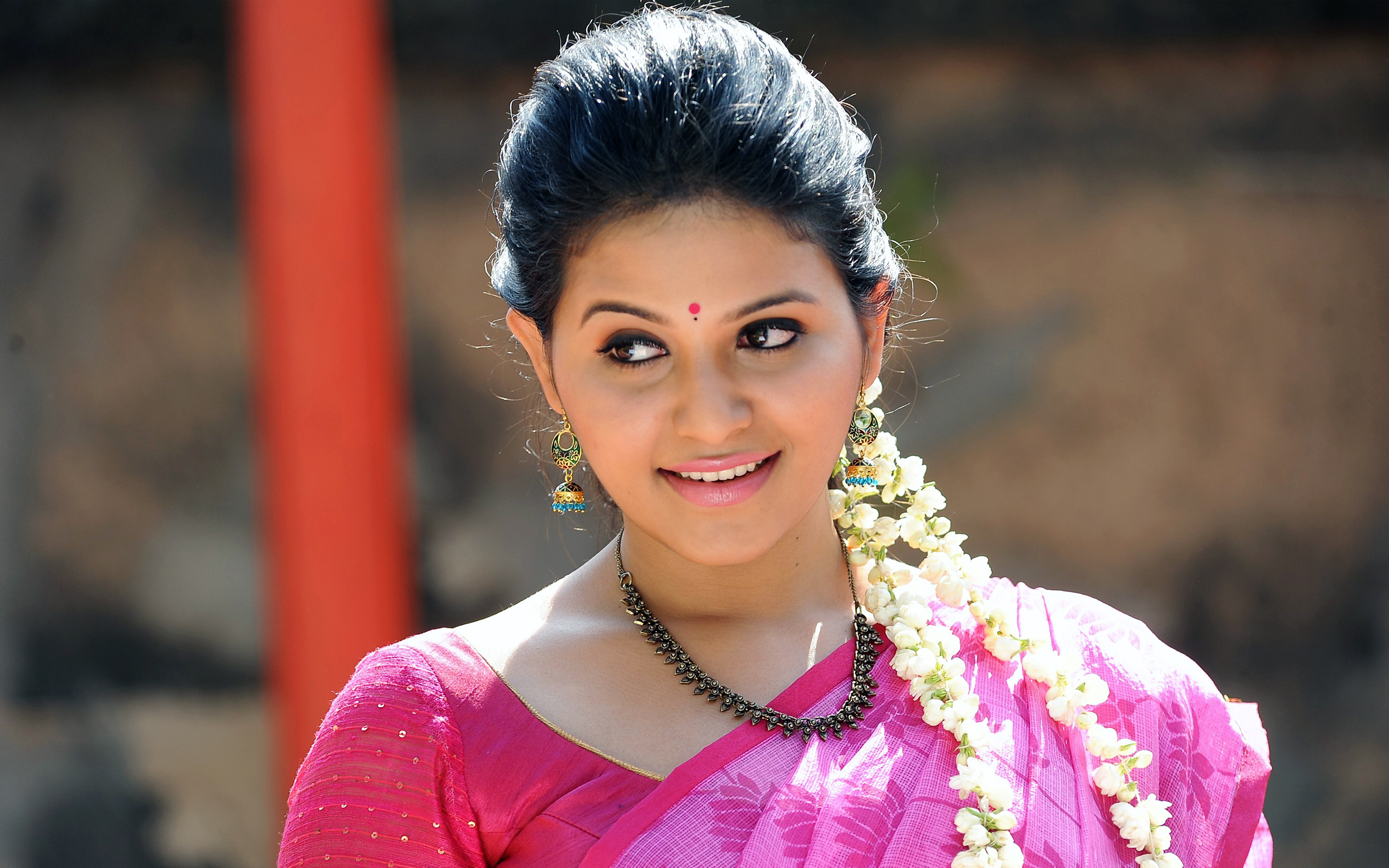 Actress Anjali 584.4 Kb