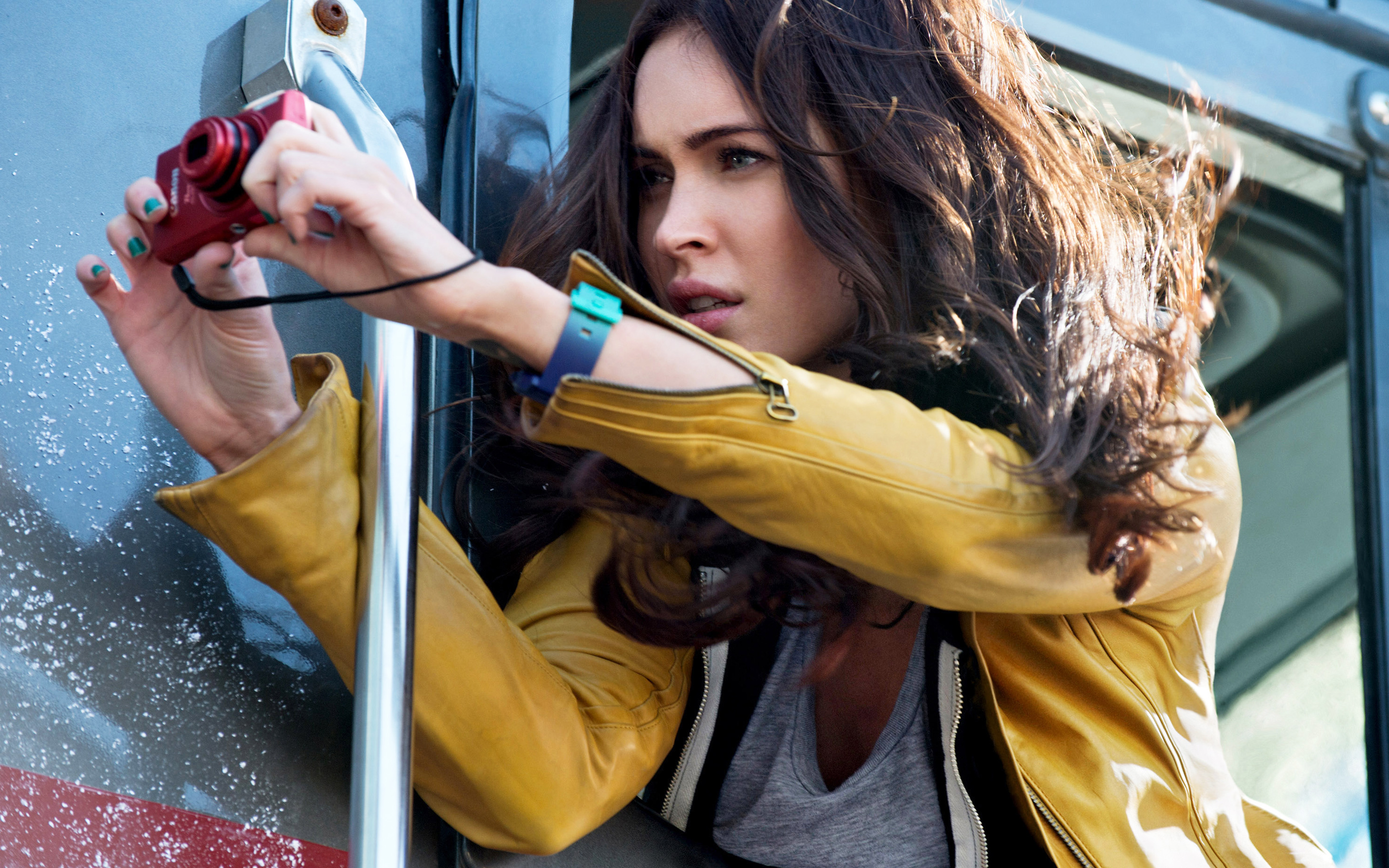 Megan Fox in Teenage Mutant Ninja Turtles 2542.11 Kb