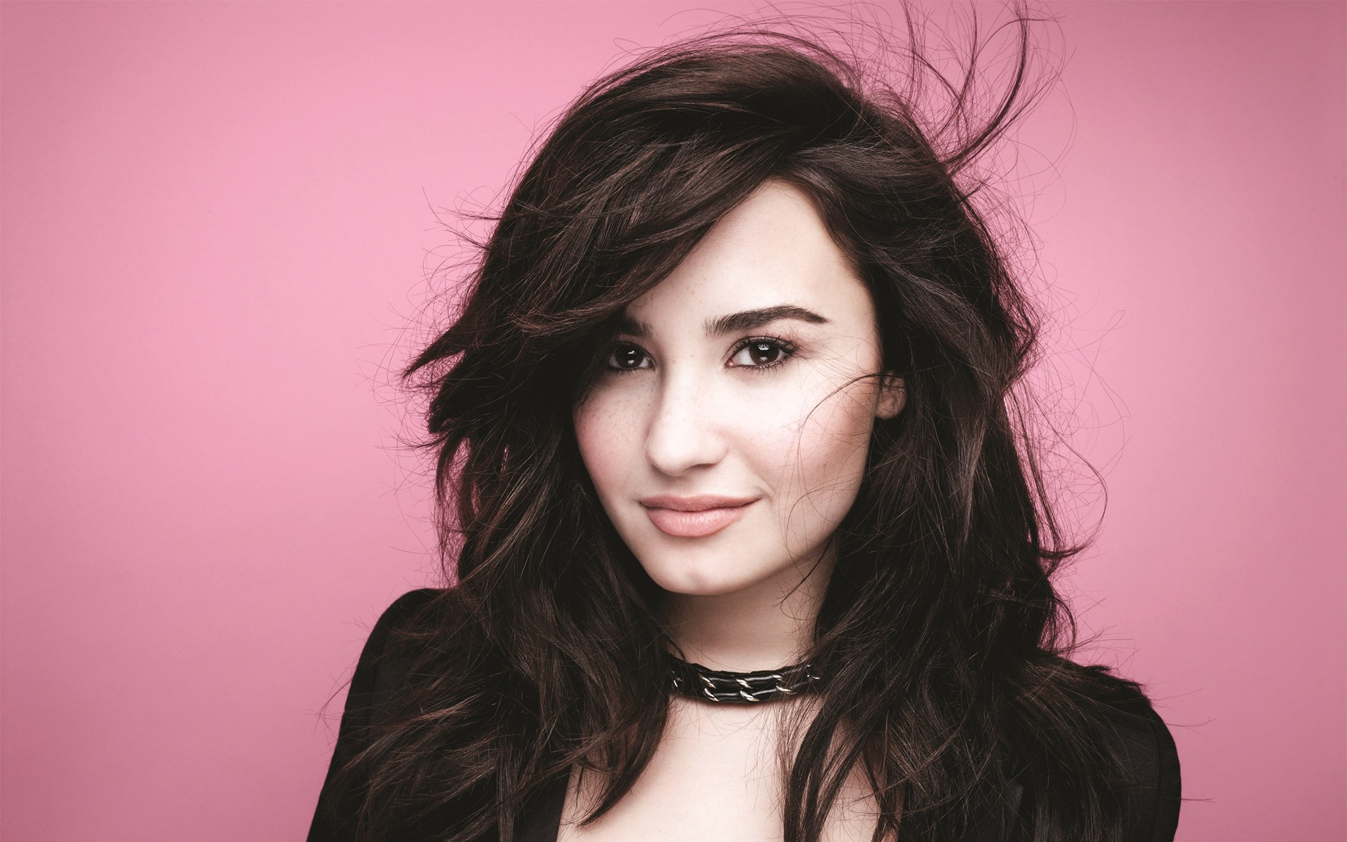 Demi Lovato Girlfriend