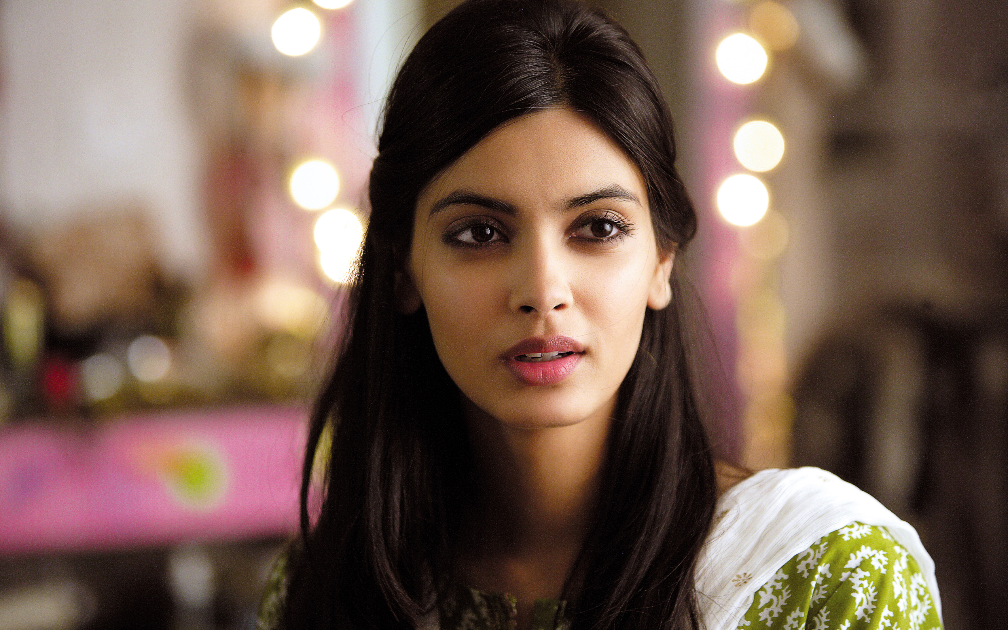 Diana Penty in Cocktail Movie