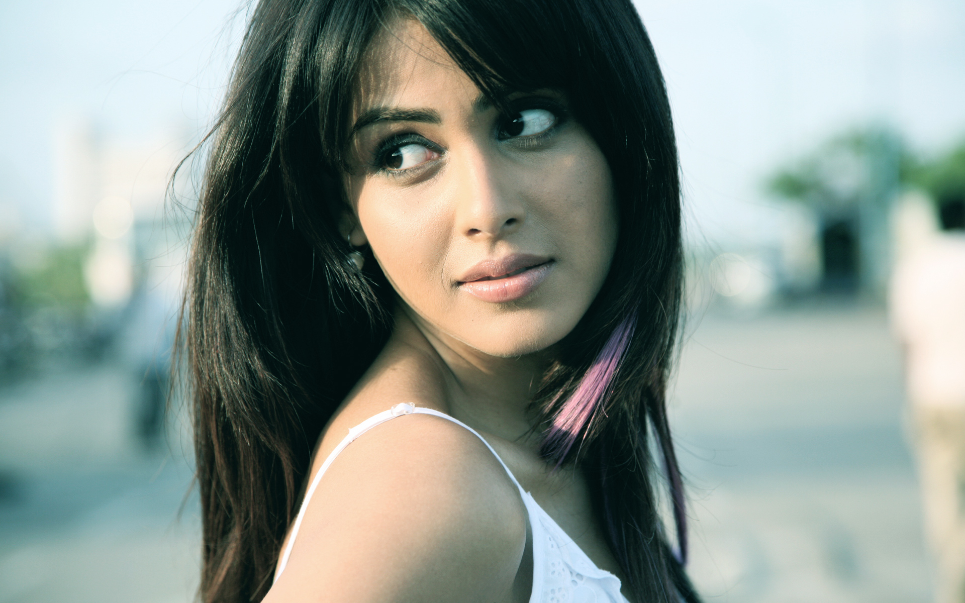 Genelia Chance Pe Dance 2220.81 Kb