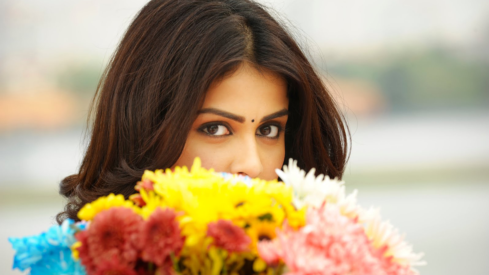 Genelia in Telugu Movie 186.22 Kb