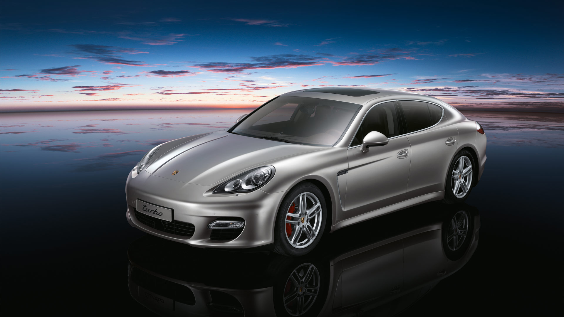 Porsche Panamera Turbo 594.24 Kb