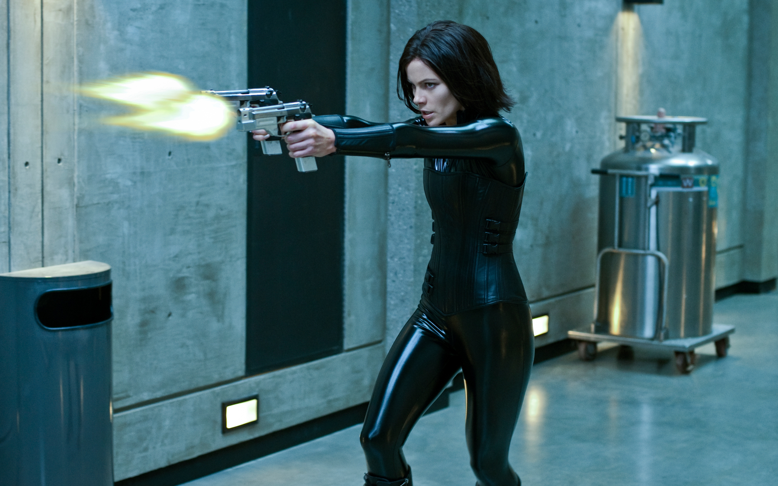 Kate Beckinsale in Underworld Awakening 1115.6 Kb
