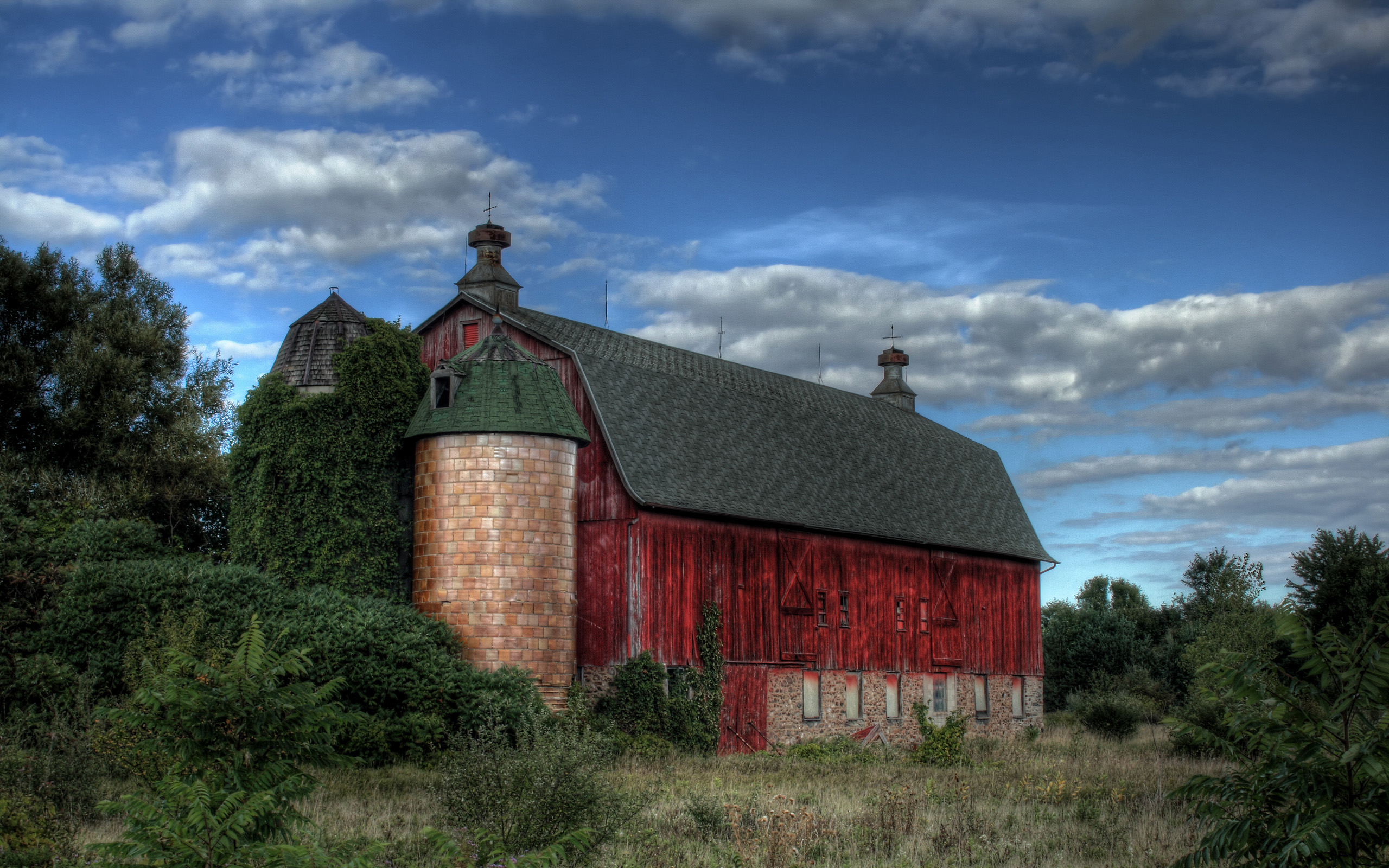 Old Red Barn 746.75 Kb