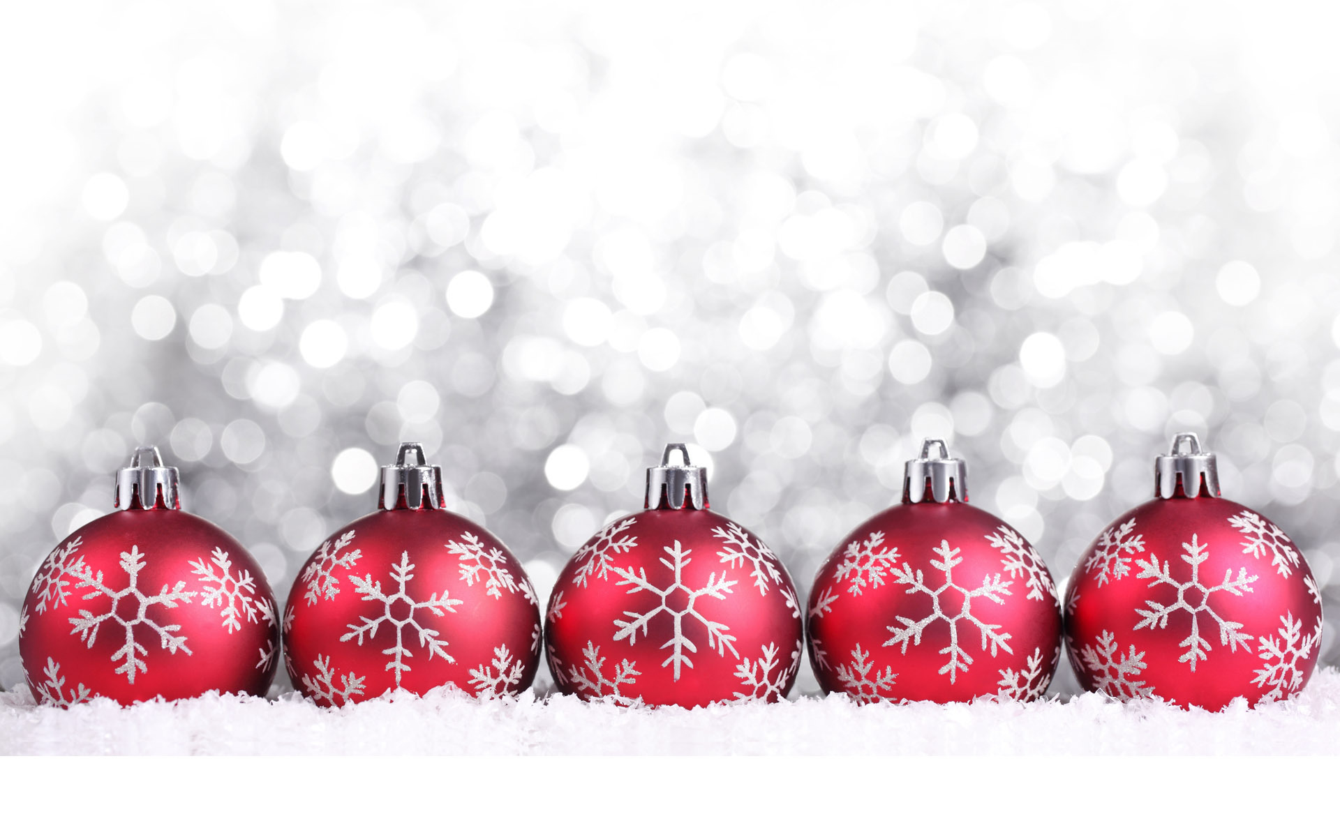 Images Of Christmas, Red Toy Balls 1577.79 Kb