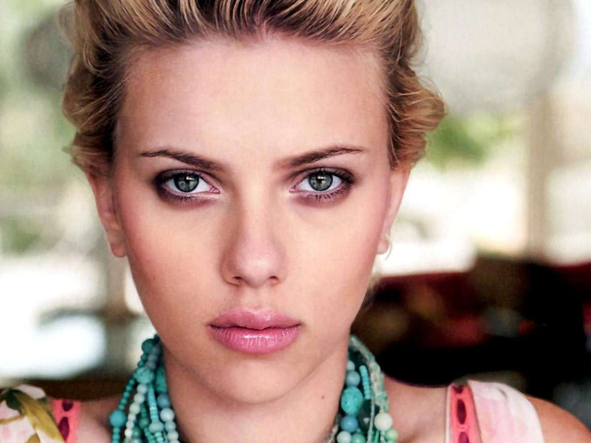 Scarlett Johansson Model 657.43 Kb