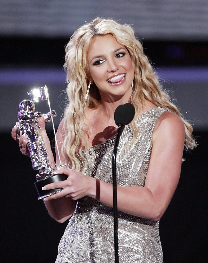 Britney Spears with the Award