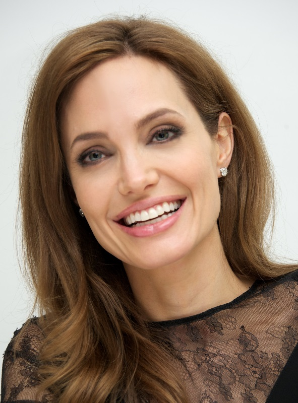 Angelina Jolie Sexual Violence Fighter #4242162, 591x800   All For ...