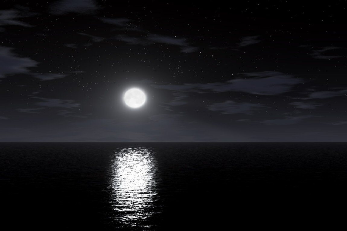 Night Moon Reflection in the Water 258 Kb