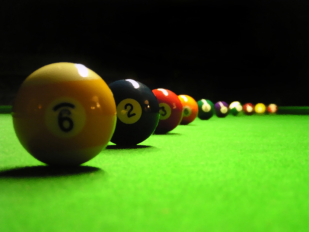 Billiards Balls in a Row 96.41 Kb