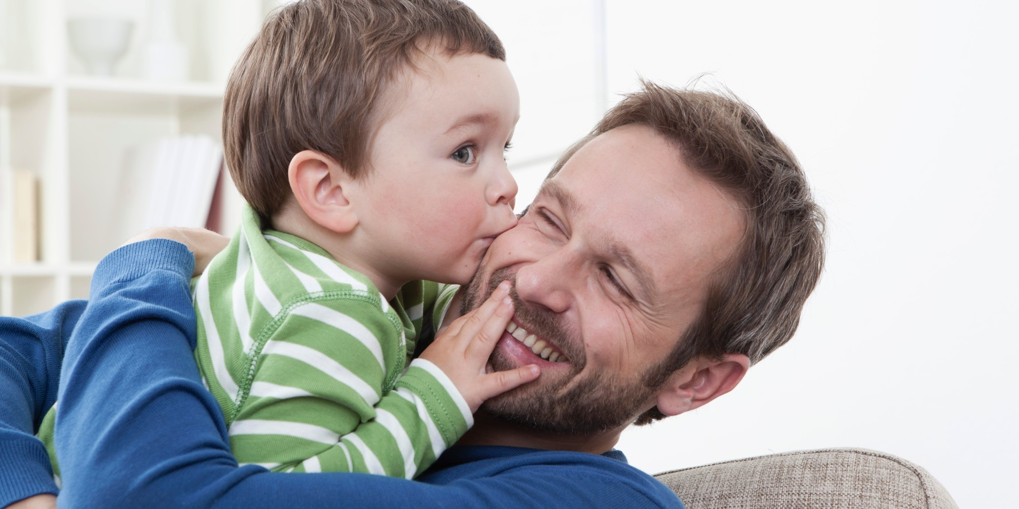 A Son Kisses a Father 448.62 Kb