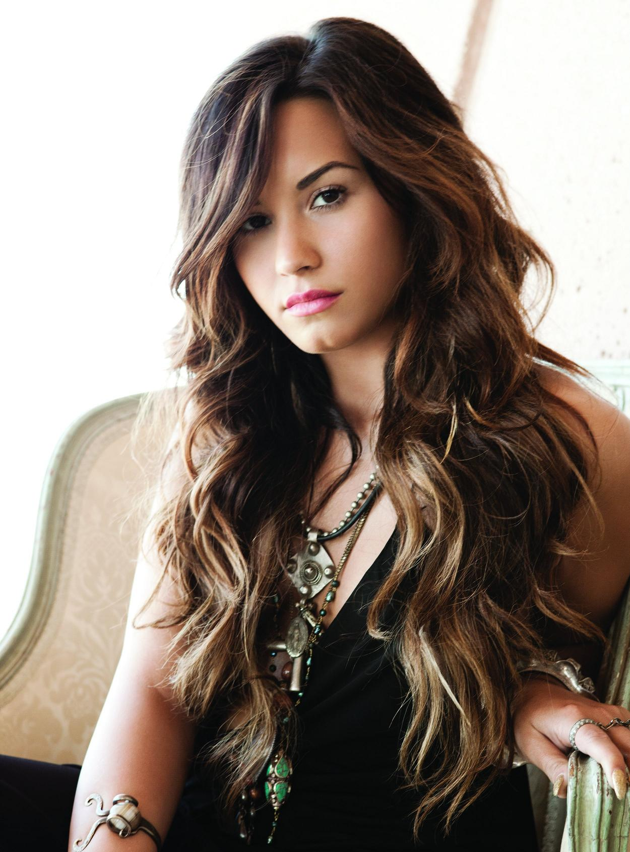 Demi Lovato Stylish Look