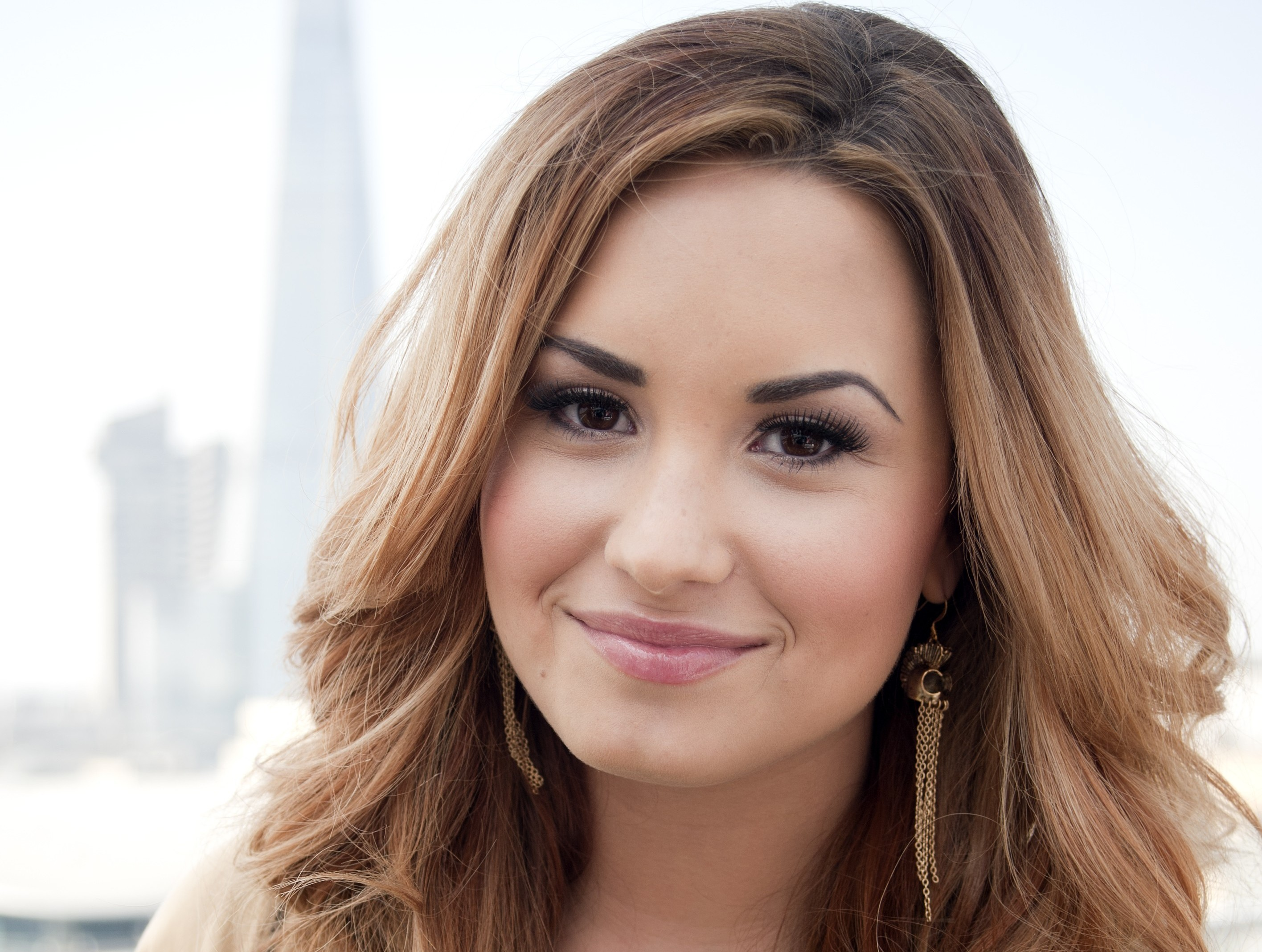 Demi Lovato Model Face